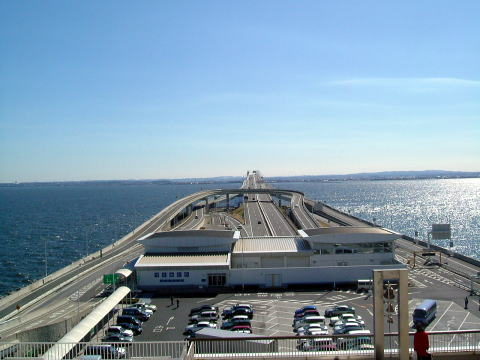 ライン アクア 東京 湾